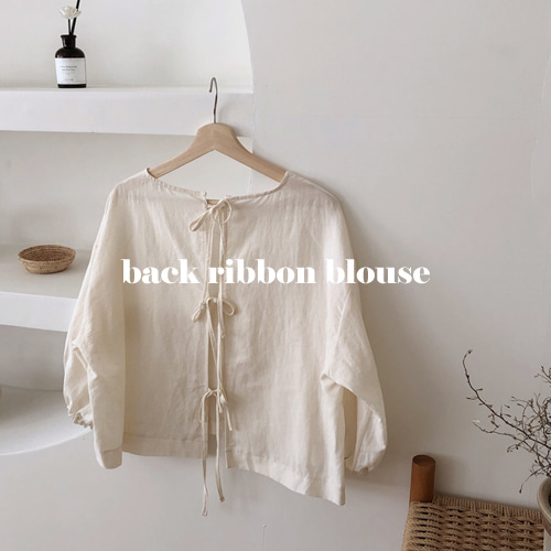 back ribbon blouse (크림)