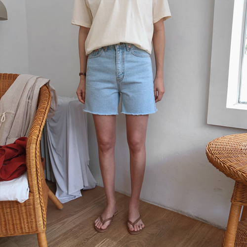 emer shorts denim (연청)